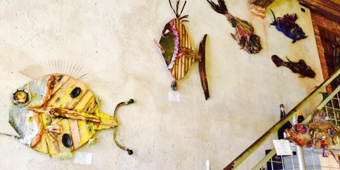 sculture con materiale riciclato,pesci di legno,Livorno,Marco Ghizzani.arte del riciclo